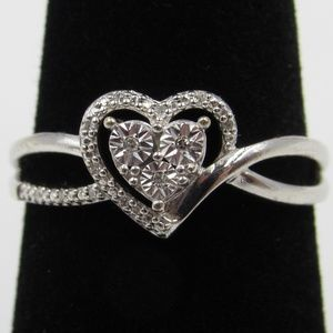 Vintage Size 7.25 Sterling Heart Love Diamond Ring